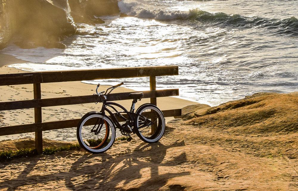 beach cruiser bike on san diego beach