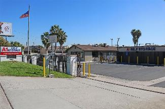 StorAmerica A-1 Self Storage Santa Ana Main